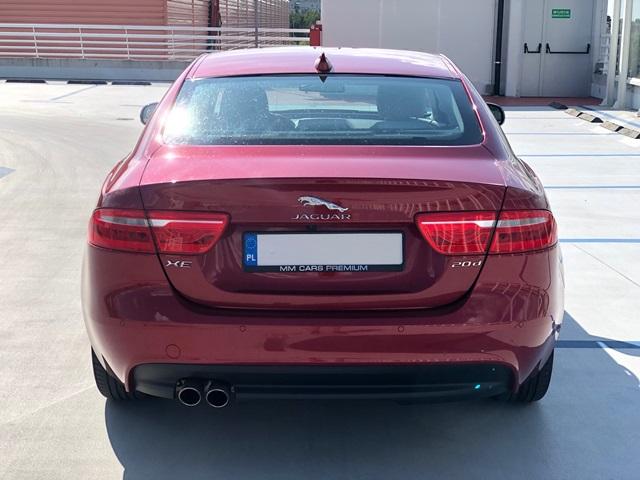 jaguar xe czerwony3