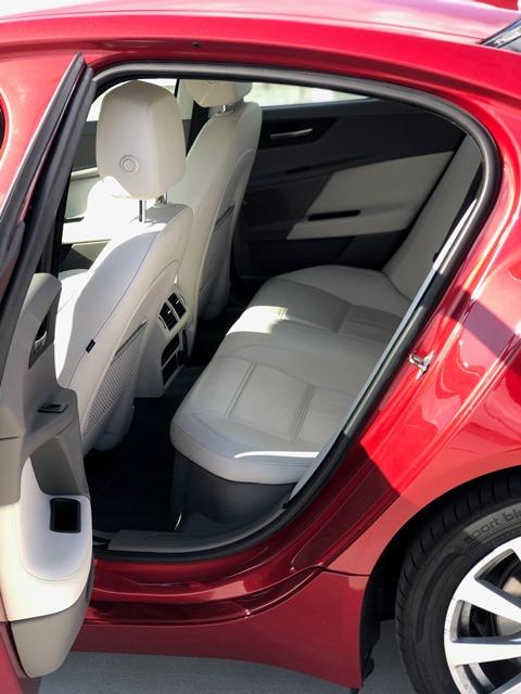 jaguar xe czerwony8