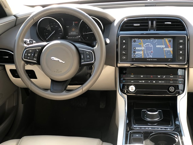 jaguar xe11