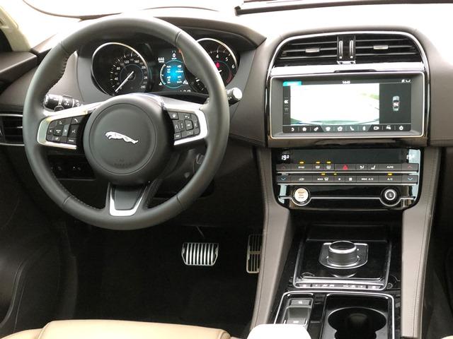 jaguar f pace7