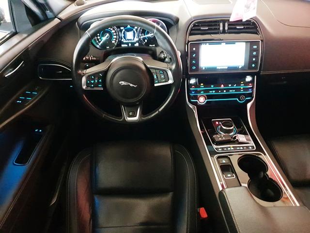 jaguar11